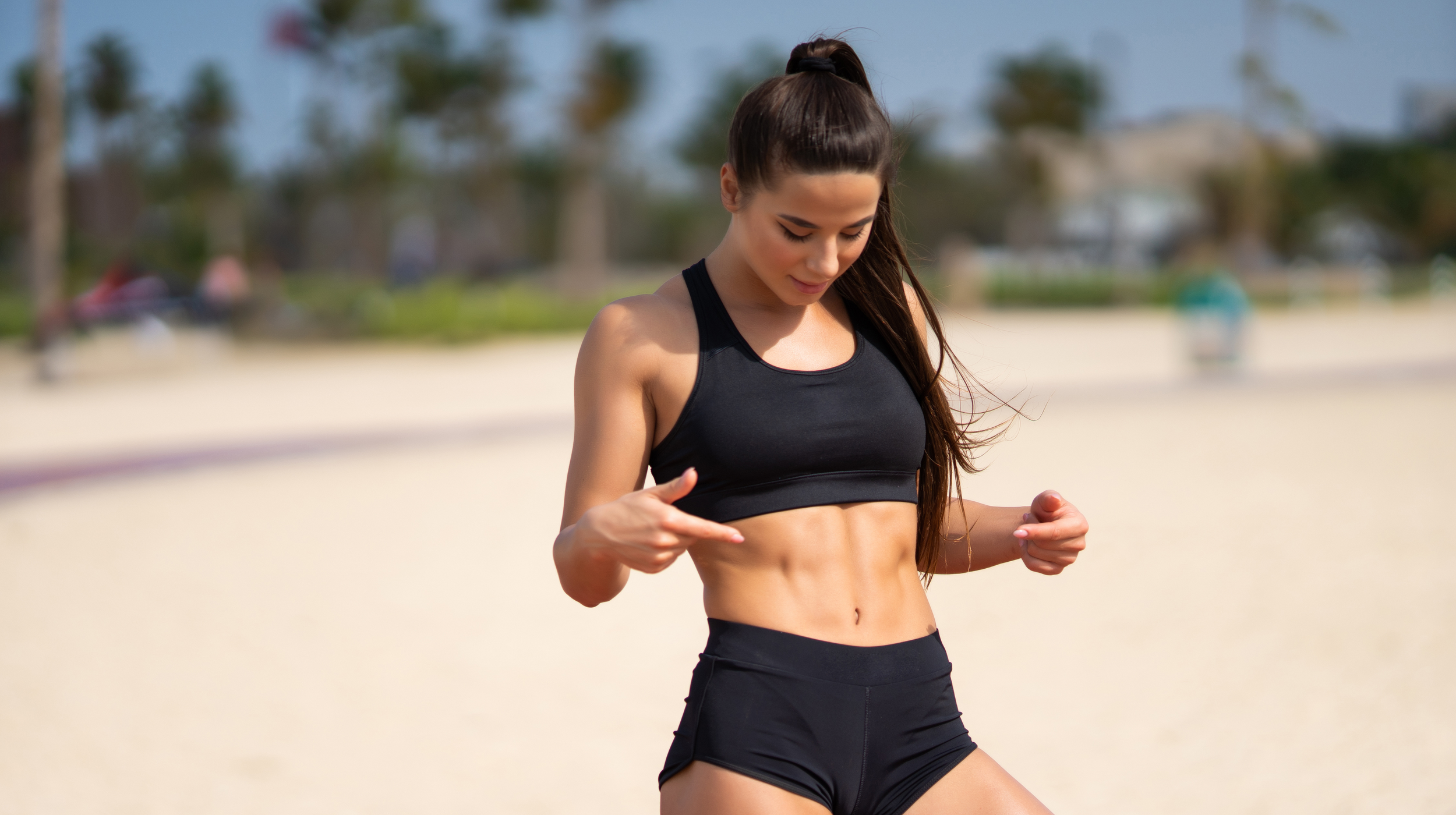 Best Tips for Women to Achieve a Flat Tummy